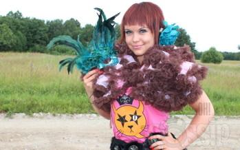 Ohmygossip Couture'i täispikk moe-eri modell Tuuli Mäematiga