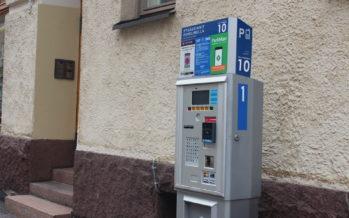 Helsingis tahetakse kasutusele võtta teemaksud tipptundidel ja tõsta parkimise hinda