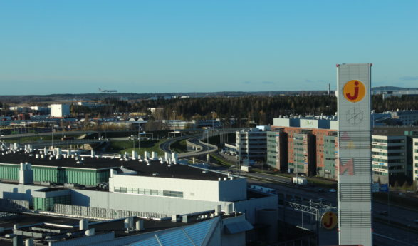 Helsingi lennujaama uus rekord – 18 miljonit reisijat aastas