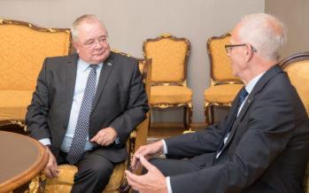 Nestor kinnitas Iirimaa kolleegile Eesti toetust lähedasteks suheteks brittidega