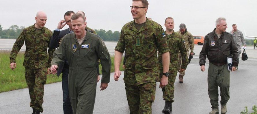 NATO õhuväejuhatuse ülem kindral Tod D. Wolters külastas Ämari lennubaasi