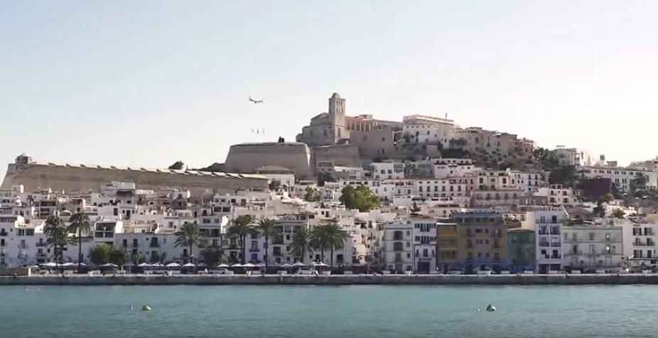 hispaania-spain-beach-youtube-ohmygossip