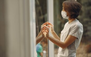 USA valitsuse poolt läbi viidud värske uuring: PÄIKSEVALGUS tapab koroonaviiruse väga kiiresti