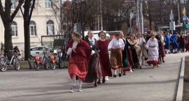Kultuurieelarve 2021: toetus laulupeoliikumisele, muinsuskaitsele ning eesti keele ja kultuuri uuringutele