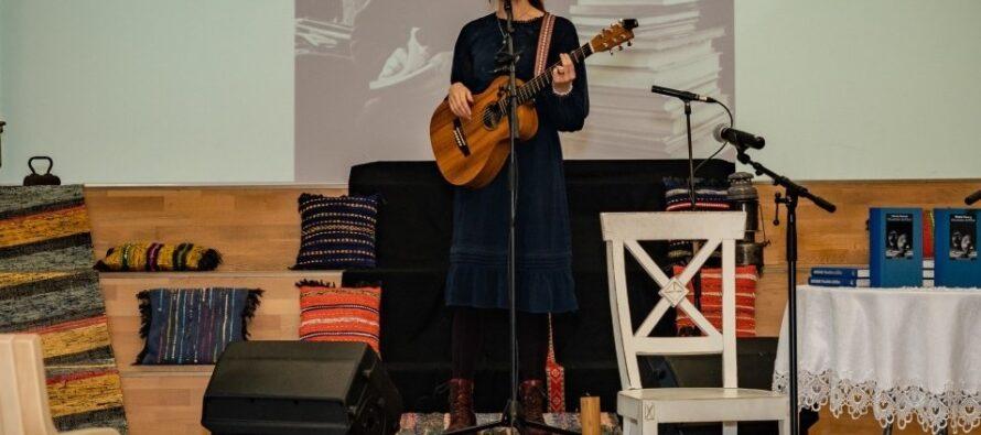 Eesti: Mulgi Kultuuri Instituut kuulutas välja uute mulgikeelsete laulude võistluse