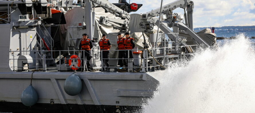 Eestisse saabus NATO 1. alaline miinitõrjegrupp