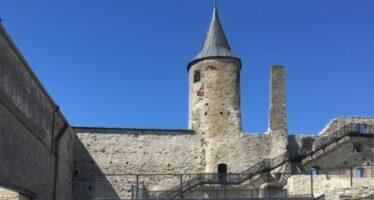 Reisi Eestis: Haapsalu piiskopilinnus, toomkirik ja keskajast inspireeritud mänguatraktsioonidega vallikraav + FOTOD!