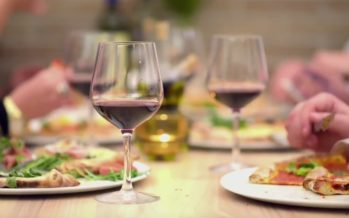 UURING: Punane vein võib aidata aknet leevendada