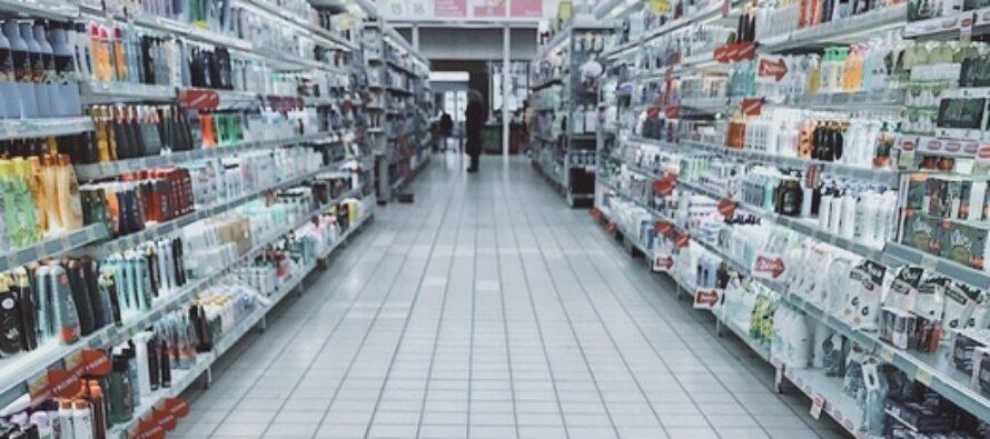 ERITEADE: Kaubanduskeskustes leevenevad eriolukorra piirangud