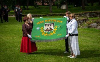 Eesti: Staabi- ja sidepataljon tähistas Paides väeosa lipu 90. aastapäeva